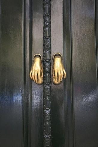 17_fantastic_door_handles15