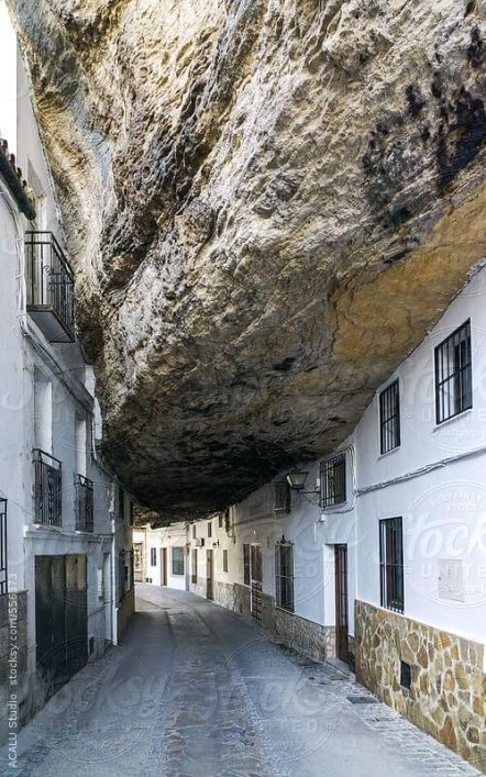 Setenil de las Bodegas (Cadiz)